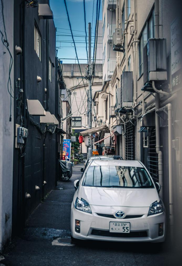 Toyota Prius in Akihabara Alleyway