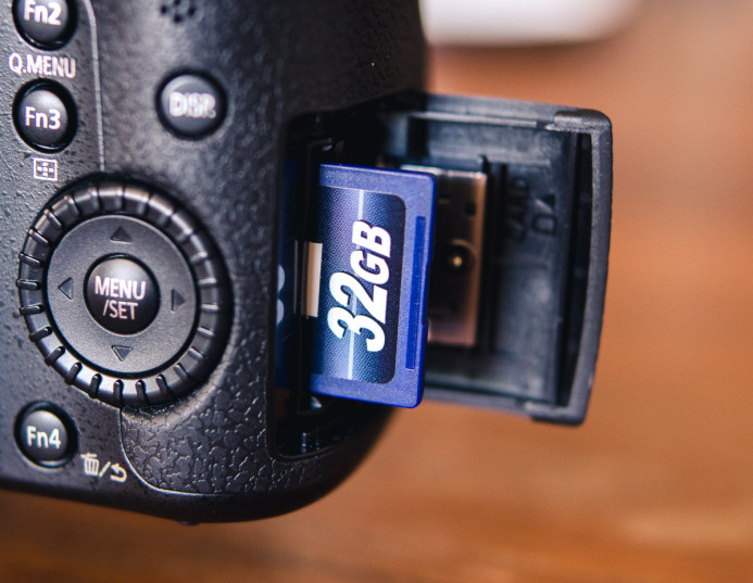 Can class 10 SD cards handle 4K in the GH4?