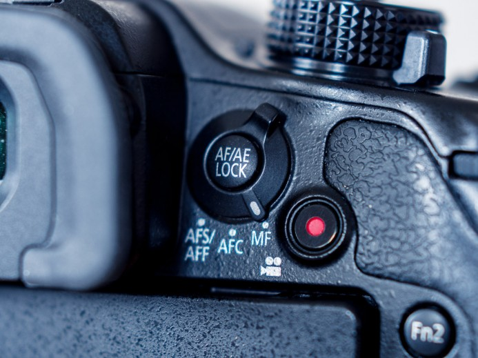 Switch GH4 to Manual Focus