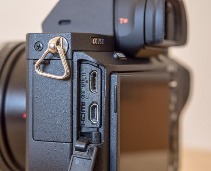 Sony a7S II HDMI Port