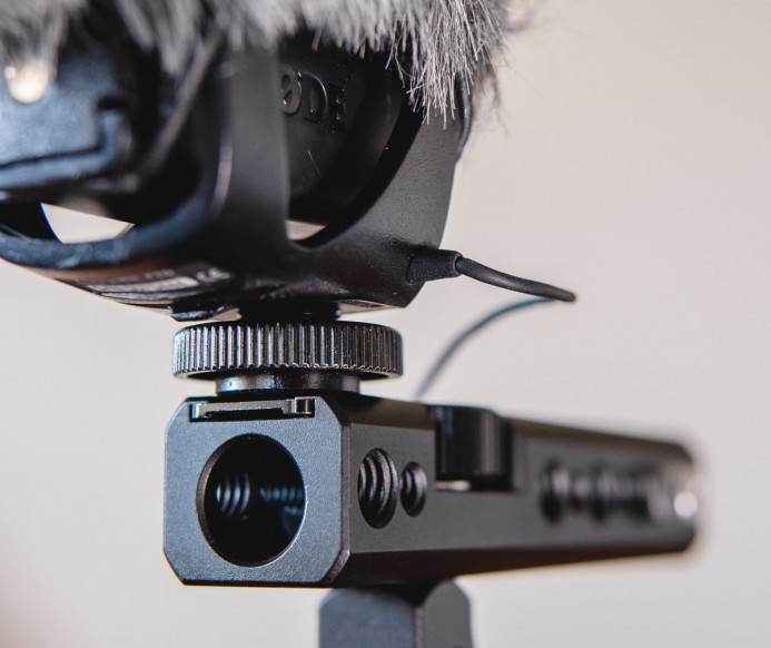 Rode Videomic Pro mounted on NATO Handle's cold shoe